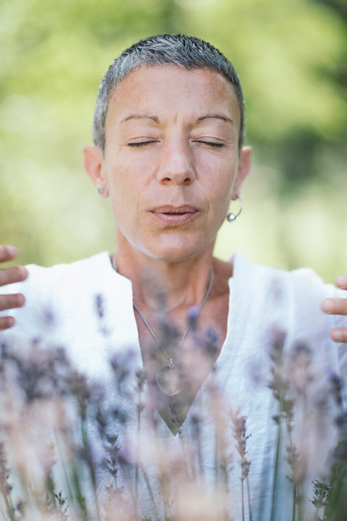 self-care-practice-in-nature-breathing-exercise-in
