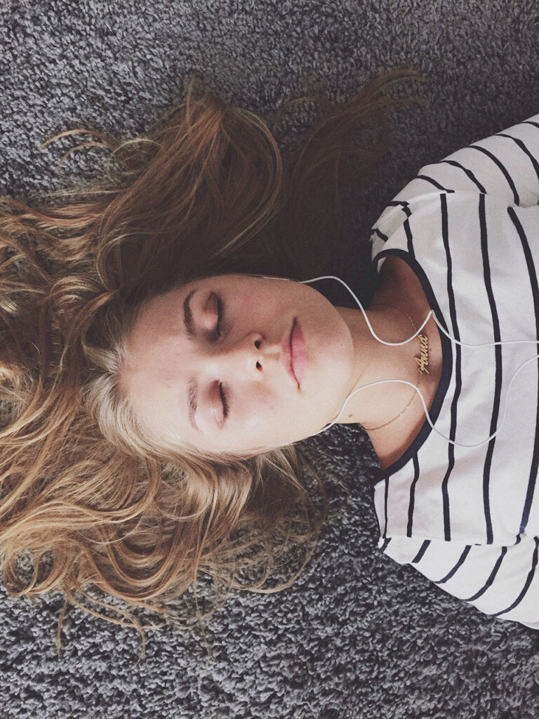 mindfulness meydan okuması: Mindful Dinleme